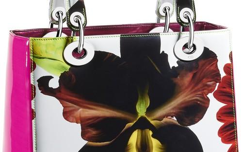 La collection colorée Dior x Marc Quinn